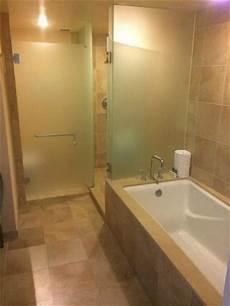 Dusche Und Badewanne Nebeneinander - bathroom tub and shower side picture of the beverly