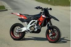 aprilia 550 sxv aprilia aprilia sxv 550 moto zombdrive