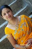 Mallu Bhabi Hot Photos 6  South Indian Cinema Magazine