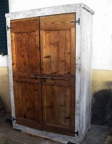 costruire una credenza artigianato per la casa in legno pietra e ferro a osimo