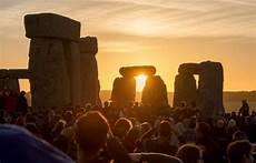 wann ist mittsommer sommersonnenwende interessante fakten und mythen 252 ber