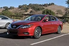 2016 nissan altima 2016 nissan altima sedan drive digital trends