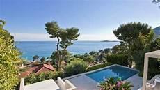 villa contemporaine a vendre eze 06360 bord de mer