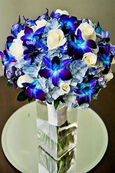 absolutely love this bluish purple combo blue bridal
