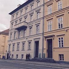 Angela Merkel Wohnung by Angela Merkel Er 246 Ffnet Privat Pension In Berlin Reiseblog