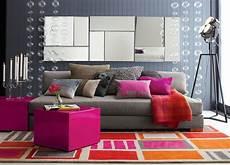 tapis framboise salon 1001 id 233 es d 233 co originales pour le salon et gris
