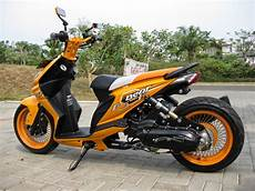 Modifikasi Motor Matic Touring by Koleksi Modifikasi Motor Matic Touring Terbaru