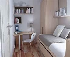 kleine schlafzimmer schränke pin lena rogucka auf bettroom schlafzimmer kleine