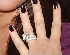 khloe kardashian s engagement ring and band are my dream