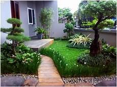 Contoh Desain Taman Hijau Asri Depan Rumah Desain Rumah Unik