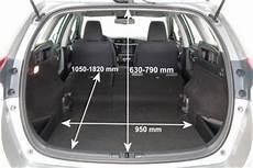 toyota auris touring sports kofferraumvolumen adac auto test toyota auris touring sports 1 6 d 4d comfort