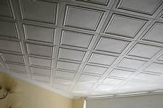Dalles De Plafond En Polystyrène Les Dalles De Plafond 224 L Int 233 Rieur Du Polystyr 232 Ne Expans 233