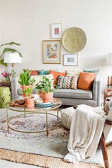 boho style wohnen 3 tips for styling boho pillows casa watkins living