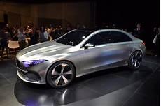 neue mercedes a klasse puristischer luxus so sieht die neue a klasse mercedes aus n tv de