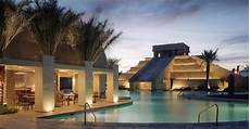 lombok cancun resort villas las vegas entertainment las vegas amenities canc 249 n resort las vegas