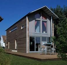 mini grundstueck fuenf meter reichen fuer ein smart homes designhaus auf schmalem grundst 252 ck haus