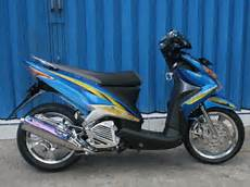 Modifikasi Motor Xeon Gt 125 by Modifikasi Yamaha Xeon Gt 125 Konsep Thailook Dan Ring 17