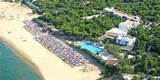 hotel il gabbiano hotel gabbiano prices reviews vieste italy