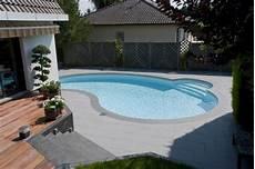 piscine modeles et prix le prix d une piscine polyester les diff 233 rents tarifs
