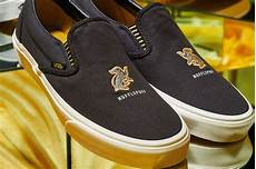 here s a look at the entire vans x harry potter