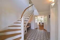 treppe holz weiß treppe gel 228 nder stufen treppenbauer holz design in