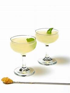 best vodka cocktails easy cocktail recipes with vodka