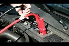 Autobatterie Laden Dauer - anleitung autobatterie aufladen
