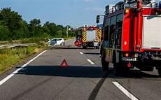 Schwerer Verkehrsunfall Auf Der A8 Bei Merzig