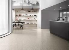 linoleumboden preise linoleumboden es ist gr 252 n und wundersch 246 n bodenbel 228 ge