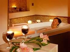 entspannen in der badewanne wellness ringhotel strandblick