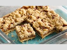 5 ingredient salted caramel crumble bars_image