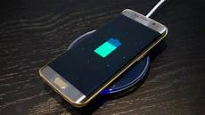 news which is better samsung galaxy s7 edge or lg g5