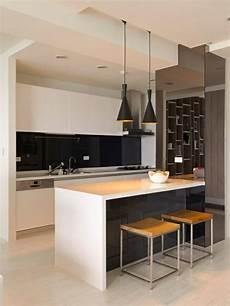 küchendesign mit kochinsel die moderne kochinsel in der k 252 che 20 verbl 252 ffende ideen