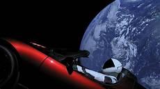 tesla dans l espace la voiture de l espace rate orbite et part vers la