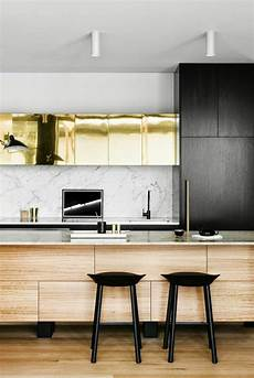 cuisine style bar la cuisine 233 quip 233 e avec 238 lot central 66 id 233 es en photos