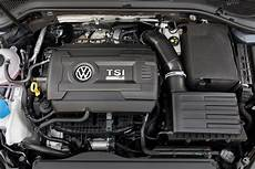 how much horsepower does the 2018 vw golf r