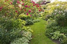 d ornement pour jardin jardin d ornement 5 conseils pour cr 233 er un jardin