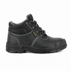 chaussure de securite pas cher chaussure s 233 curit 233 fourr 233 e safety jogger pas cher 22 50