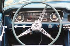 Tableau De Bord D Une Ford Mustang Img 0136 Lo 239 C