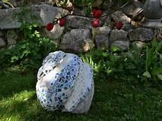 Garten Skulpturen Zum Selbermachen Beton Mit Mosaik