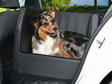 hundetransport auto rückbank auto r 252 cksitz hundekorb so f 228 hrt der hund im auto sicher mit