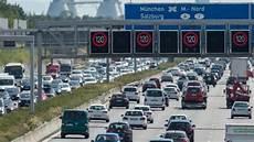 Bayern Verkehrschaos Zum Ferienbeginn A8 Quot Ein Einziger