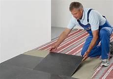 Fußboden Fliesen Verlegen - elektrische fu 223 bodenheizung unter laminat verlegen