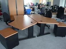 meuble de bureau d occasion occasion mobiliers de bureau bureau angle d 233 port 233 d occasion