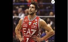 D Apr 232 S La Presse Italienne Bruno Cerella Basketteur De