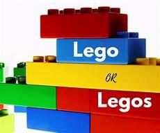 photo de lego lego or legos