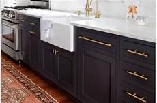 kitchen cabinet handle ideas 32 kitchen cabinet hardware ideas sebring design build