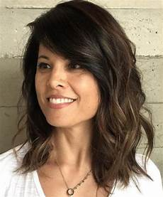 frisuren mittellang frauen 20 and flattering medium hairstyles for of all ages