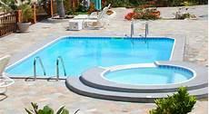 piscine modeles et prix prix d une piscine en b 233 ton 2019 travaux