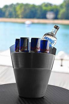 mixing energy drinks with alcohol may make dangerous